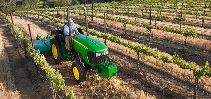 maquinaria agricultura tractor verde ipesa